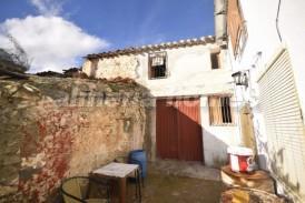 Cortijo Callejon: Village House for sale in Los Cerricos, Almeria