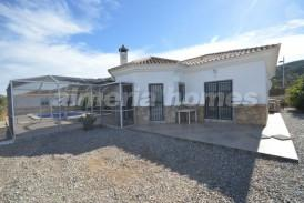 Villa Manga: Villa en venta en Arboleas, Almeria