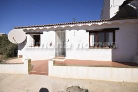 Casa Cati: Country House for sale in Albox, Almeria