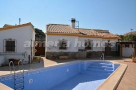 Villa Caramba: Villa for sale in Arboleas, Almeria