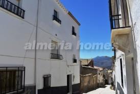 Casa Silencio : Village House for sale in Somontin, Almeria