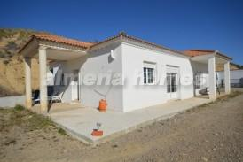 Villa Bounty: Villa for sale in Partaloa, Almeria
