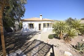Villa Sun: Villa te koop in Arboleas, Almeria