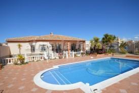 Villa Canarias: Villa en venta en Albox, Almeria