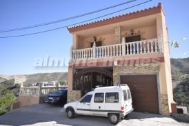 Casa Bella: Town House for sale in Arboleas, Almeria