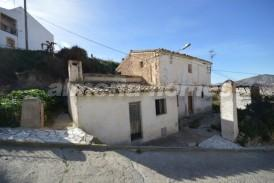 Cortijo Flores: Country House for sale in Arboleas, Almeria