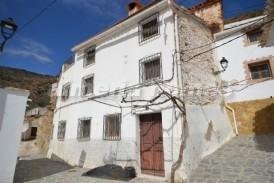Casa Cofila: Village House for sale in Laroya, Almeria