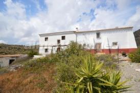 Cortijo Silvestre: Country House for sale in Albox, Almeria
