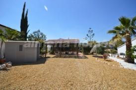 Villa Nijar: Villa en venta en Arboleas, Almeria