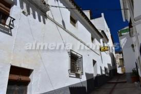 Village House Tuc: Dorpshuis te koop in Purchena, Almeria