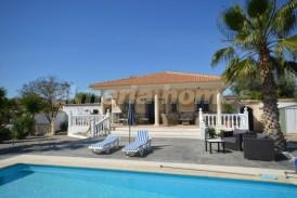 Villa Xander: Villa for sale in Partaloa, Almeria