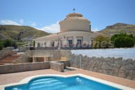Villa Samba: Villa for sale in Cantoria, Almeria