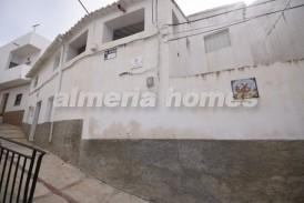 Casa Paraiso: Village House for sale in Somontin, Almeria