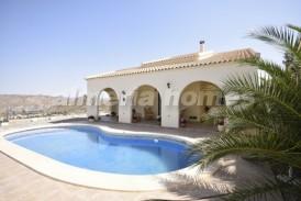Villa Sierras: Villa a vendre en Albanchez, Almeria