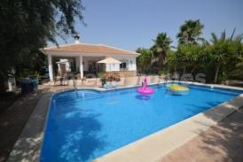 Villa Zebra: Villa for sale in Arboleas, Almeria