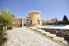 Villa Palomita: Villa en venta en Partaloa, Almeria
