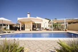 Villa Hemming: Villa for sale in Arboleas, Almeria