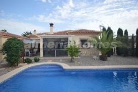 Villa Jazz: Villa te koop in Arboleas, Almeria
