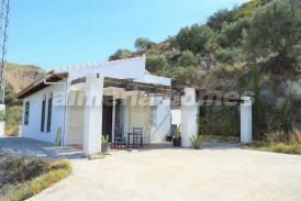 Cortijo Afueras: Country House for sale in Bedar, Almeria