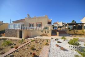Villa Temple: Villa for sale in La Alfoquia, Almeria