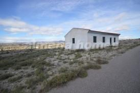 Villa Patricios: Country House for sale in Albox, Almeria