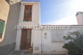Casa Bloom : Town House for sale in Bayarque, Almeria