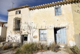 Cortijo El Barrio: Country House for sale in Albox, Almeria