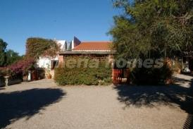Country House Banjo: Country House for sale in Burjulu, Almeria