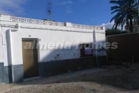 Casa Fragua: Villa for sale in Palomares, Almeria