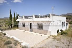 Cortijo Leaf: Country House for sale in Albox, Almeria