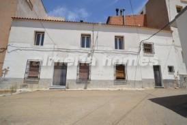 Cortijo Veinte: Town House for sale in Oria, Almeria