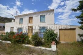 Cortijo Hierro : Country House for sale in Cantoria, Almeria