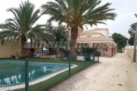 Villa Apple: Villa for sale in Albox, Almeria