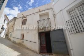 Casa Jacinta: Town House for sale in Seron, Almeria