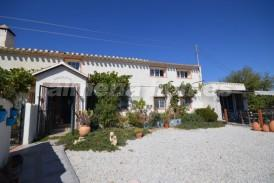 Cortijo Serendipity: Landhuis te koop in Oria, Almeria