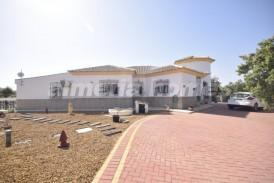 Villa Chai: Villa for sale in Albox, Almeria