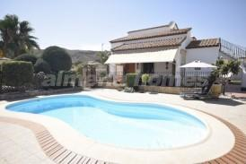 Villa Oro: Villa a vendre en Cantoria, Almeria