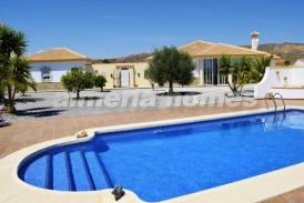 Villa Melocoton: Villa for sale in Albox, Almeria