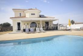 Villa Copacabana: Villa a vendre en Albox, Almeria