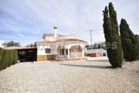 Villa Pato: Villa en venta en Cantoria, Almeria