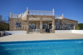 Villa Beauty: Villa a vendre en Partaloa, Almeria