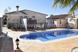 Villa Sunshine: Villa a vendre en Zurgena, Almeria
