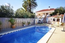 Villa Especial: Villa te koop in Zurgena, Almeria