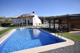 Villa Flor de Almendro: Villa a vendre en Albox, Almeria