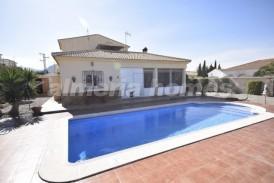 Villa Legua: Villa a vendre en Cantoria, Almeria