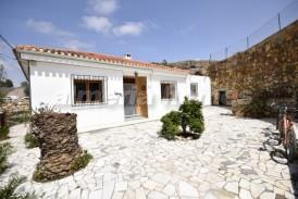 Villa Flores: Villa for sale in Albox, Almeria