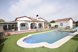 Villa Lorena: Villa for sale in Albox, Almeria