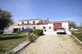 Cortijo Frederico: Country House for sale in Oria, Almeria