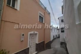 Casa Cantera: Dorpshuis te koop in Urracal, Almeria