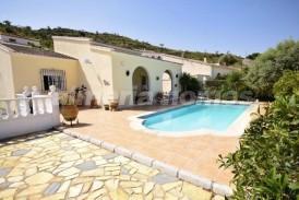 Villa Pomelo: Villa a vendre en Albanchez, Almeria